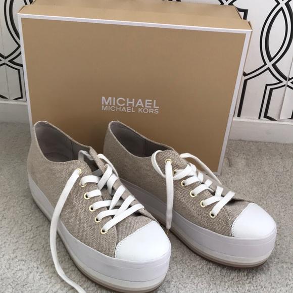 a6a54ca3e78c Michael Kors Ronnie Sneaker
